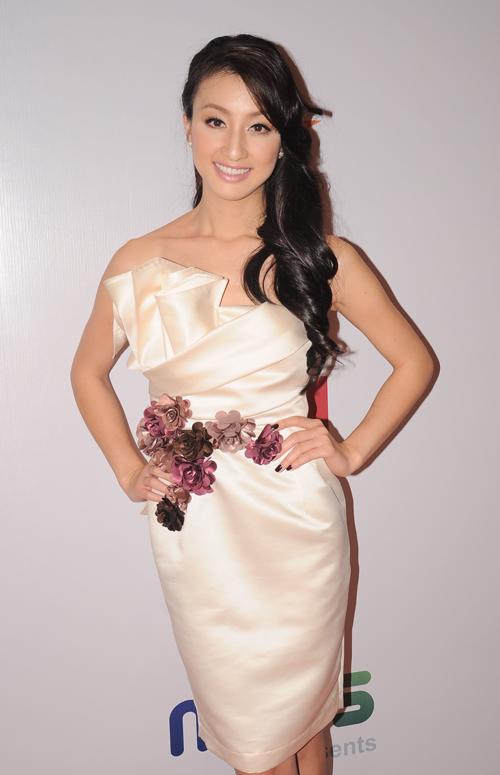 Hoa hậu người Việt Bắc Cali, Tiffany Hạnh Đình sẽ tham gia vai trò MC tại các sự kiện của Idol & Music.